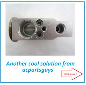 NEW AC expansion valve for Kubota M9000 3A851-72170