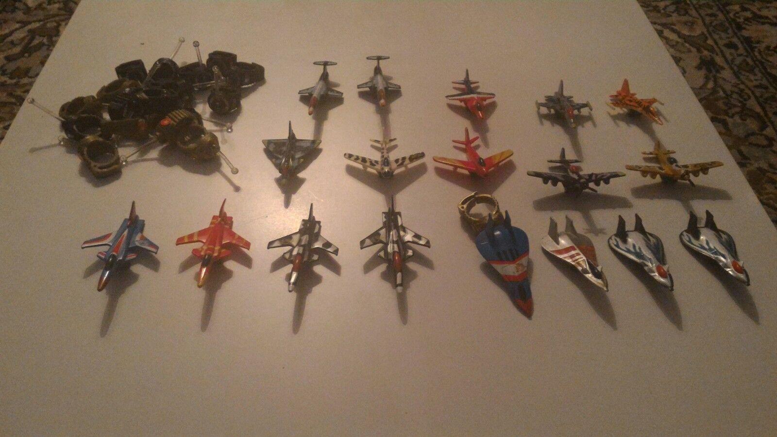 Lot x18 Vintage Matchbox Ring Raiders Mini Aeroplane Toy Figures Job Set 1980s