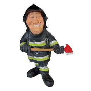 Funny Life - Feuerwehrmann mit Axt