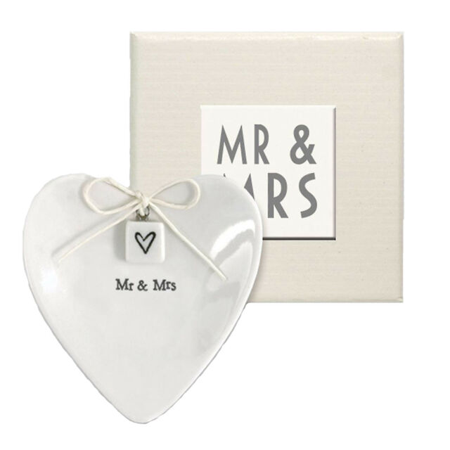 East Of India Mr Mrs White Porcelain Personalised Heart Ring Dish
