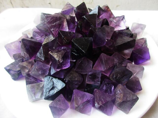 100g natural purple fluorite crystal octahedrons rock specimen china