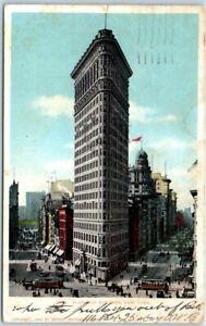 Vintage-New-York-City-Postcard-FLATIRON-Building-Street-Scene-Detroit-Pub-1905