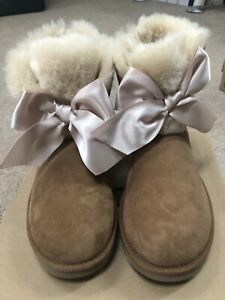 abc520ec57f Details about UGG GITA BAILEY BOW SATIN CHESTNUT SUEDE FUR SHORT ANKLE  BOOTS SIZE 11 WOMENS