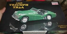MINICRAFT TRIUMPH 1/24 TR3A 1958 Model Car Mountain OPEN