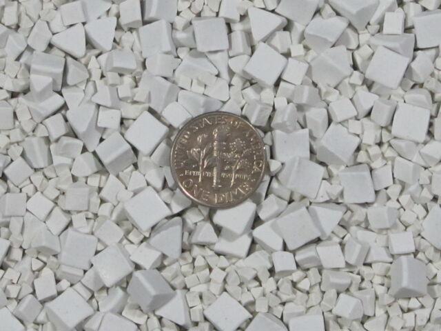8 Lb 3 mm Sphere /& 2.5 X 8 mm Polishing Pins Non-Abrasive Ceramic Tumbling Tumbler Tumble Media 4 mm X 4 mm Triangle