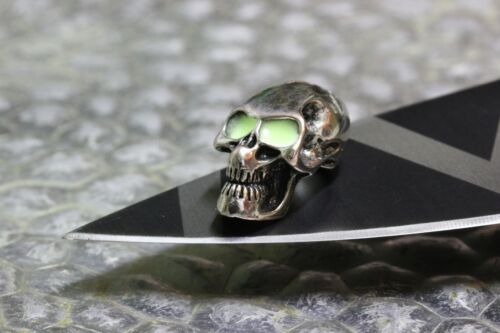 Glow Skull Totenkopf Anhänger fluoreszierend Piraten Paracord Bead Messer Gothic