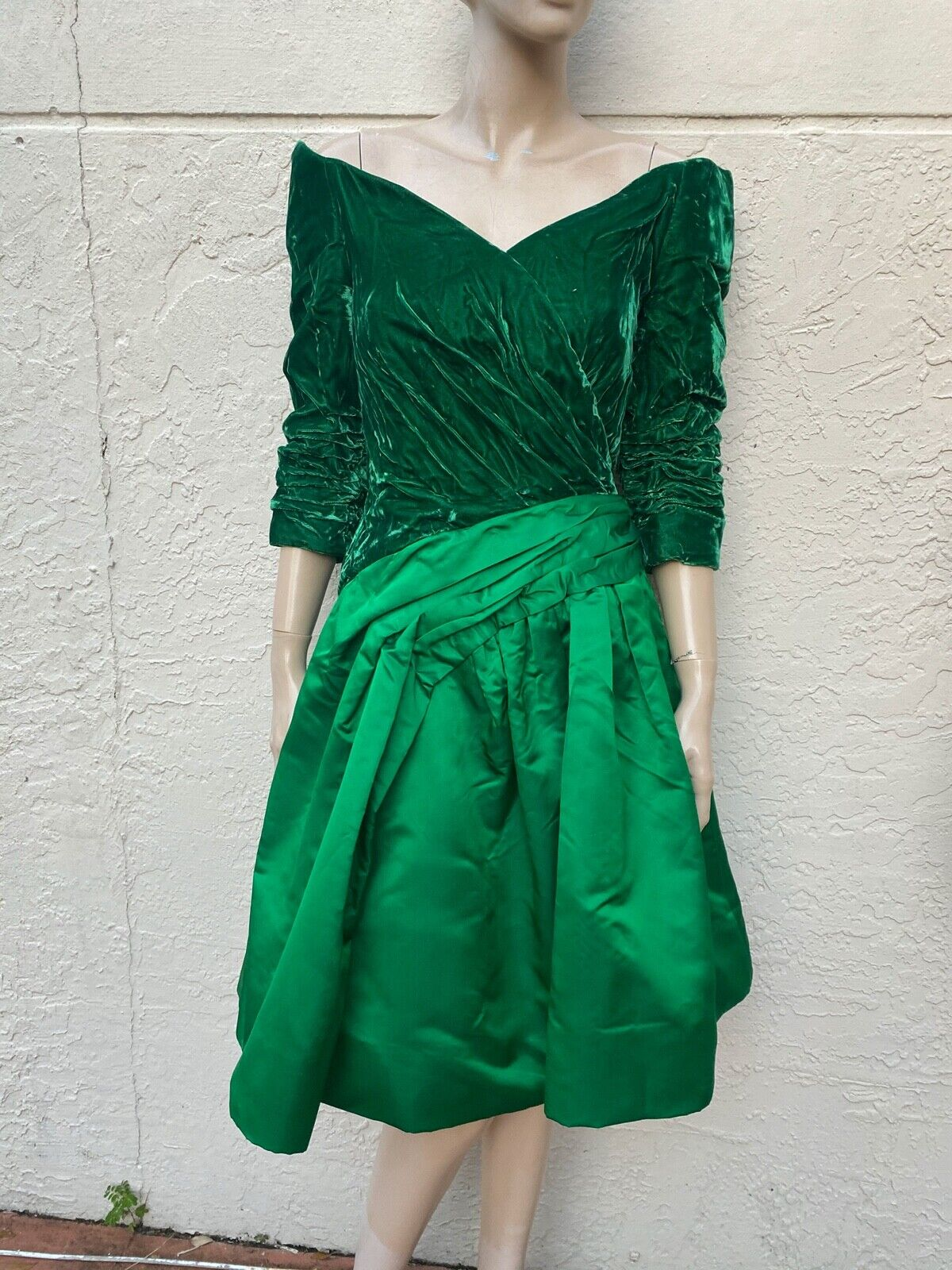 ARNOLD SCAASI BOUTIQUE VINTAGE 80's OFF THE SHOUL… - image 2