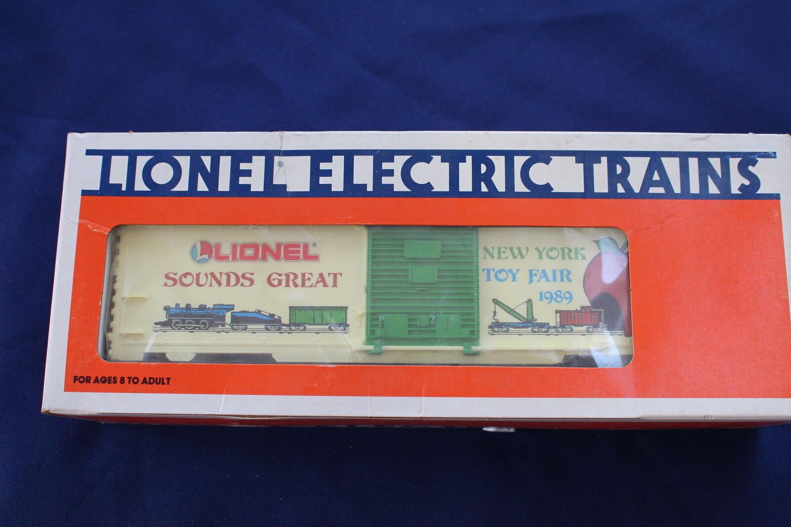 1989 Lionel 6-19907 Nuovo York Toy Fair Box Car L2945