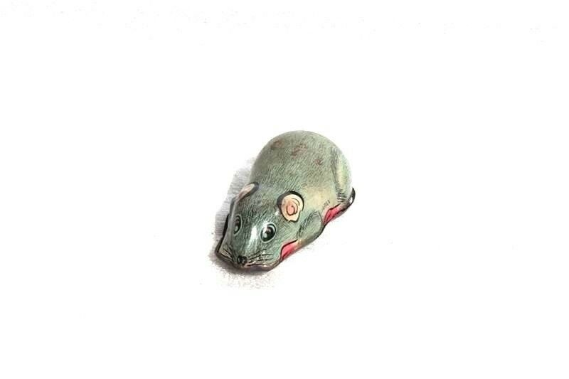 Old Vintage Small Mouse Tin Toy Made in Japan Collectible D-2
