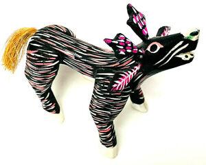 Oaxacan-Alebrijes-Copal-Wood-Carved-Painted-Folk-Art-Figurine