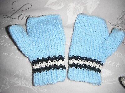 (c) Coppia Di Hand Knitted Guanti Dito-meno Blu Chiaro Con Black & White Stripe- Irrestringibile