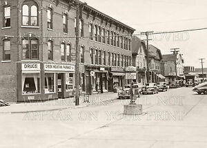Morrisville-Vermont-VT-Portland-Street-1946-photo-CHOICES-5x7-or-request-8x10-or