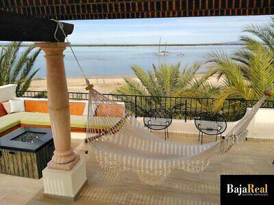 Casa Frente a Playa en Privada Residencial
