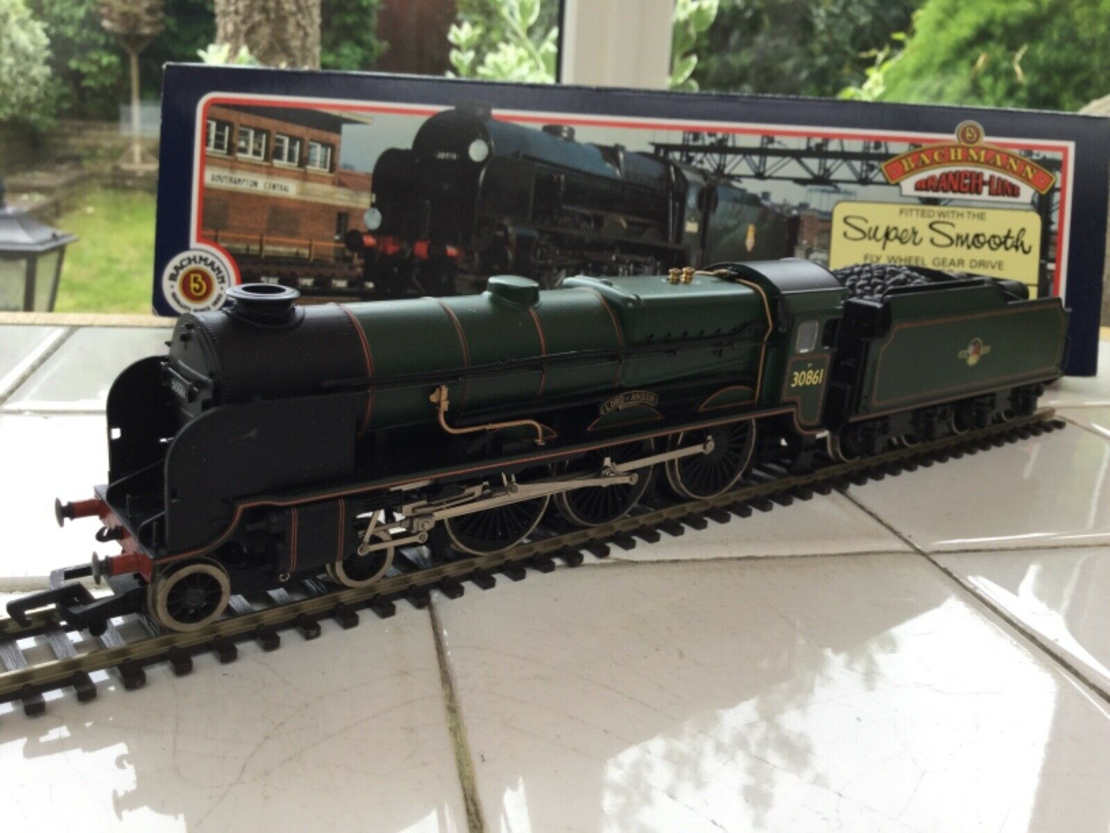 Bachmann OO 31-403 BR 4-6-0 Lord Nelson Class Loco 30861 Lord Anson