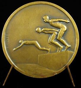Medal-art-deco-Sport-swimming-dip-swimming-plunge-swimming-pool-c1930-Medal