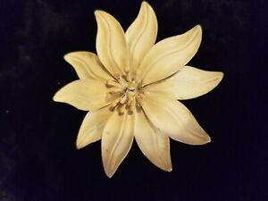 11d5fd9d797 Brooch Pin Large Flower Art Nouveau Enamel Amber Cream Statement   eBay