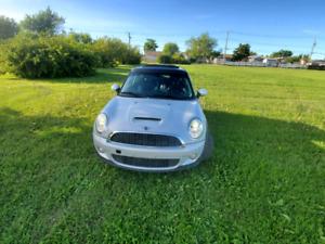 2010 Mini Cooper $7950.00