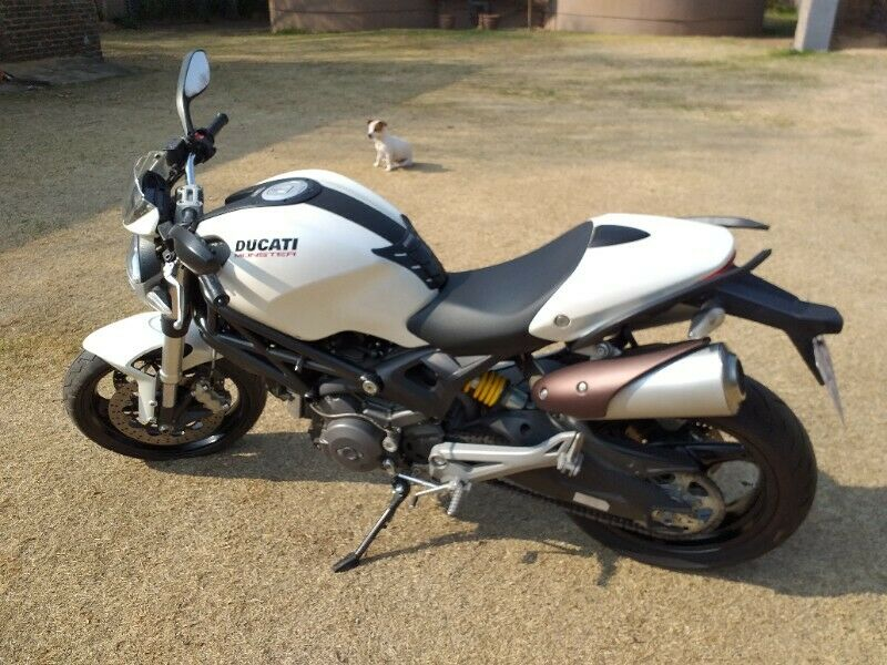 Ducati Monster 696 in Excellent Condition