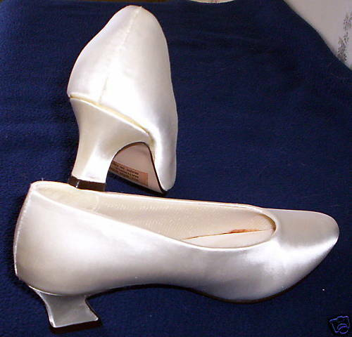 WOMEN's FREDERICO LEONE LADIES PUMPS WHITE SATIN BRIDAL WEDDING SHOES size 7