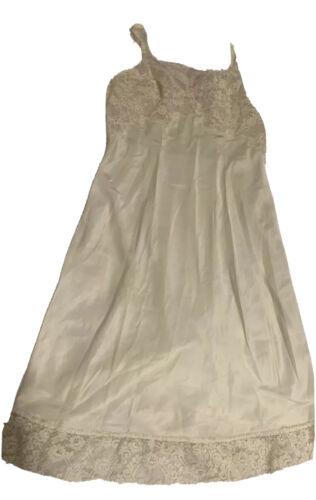 Vintage 1950's Ivory Lace Silk Slip Heavenly Linge