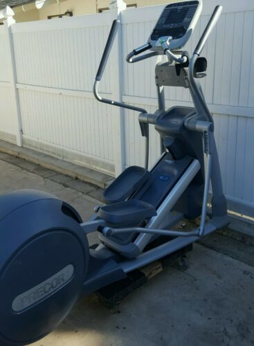 Precor EFX 576i Rear Drive Elliptical Trainer