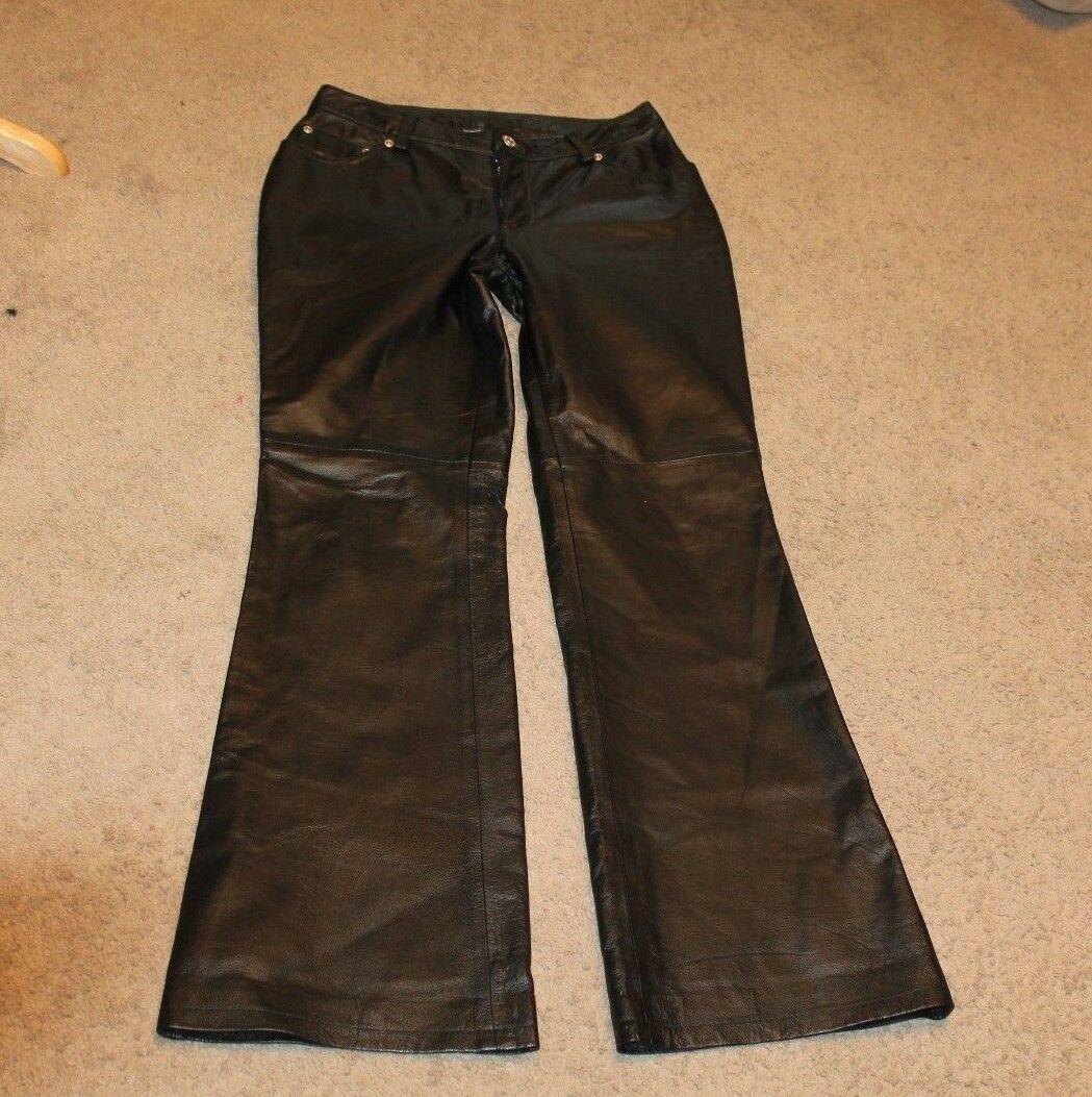 SHARP NEWPORTNEWS JEANOLOGY EASY STYLE- LEATHER PANTS- SIZE 4, INSEAM-32