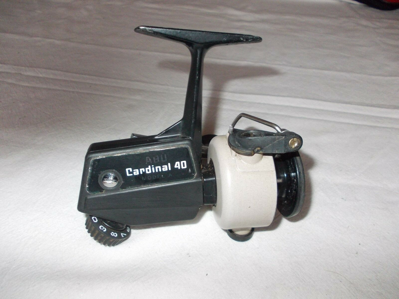 VINTAGE ABU CARDINAL 40  Model A  Fixed Spool Reel  --- In nice condition.  large selection