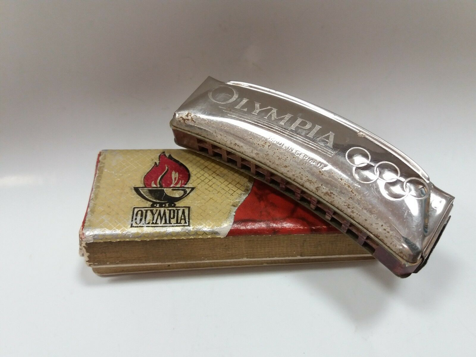 VINTAGE OLD RARE ORIGINAL HARMONICA OLYMPIA 1976 OLYMPIC GAMES BERLIN   BOX