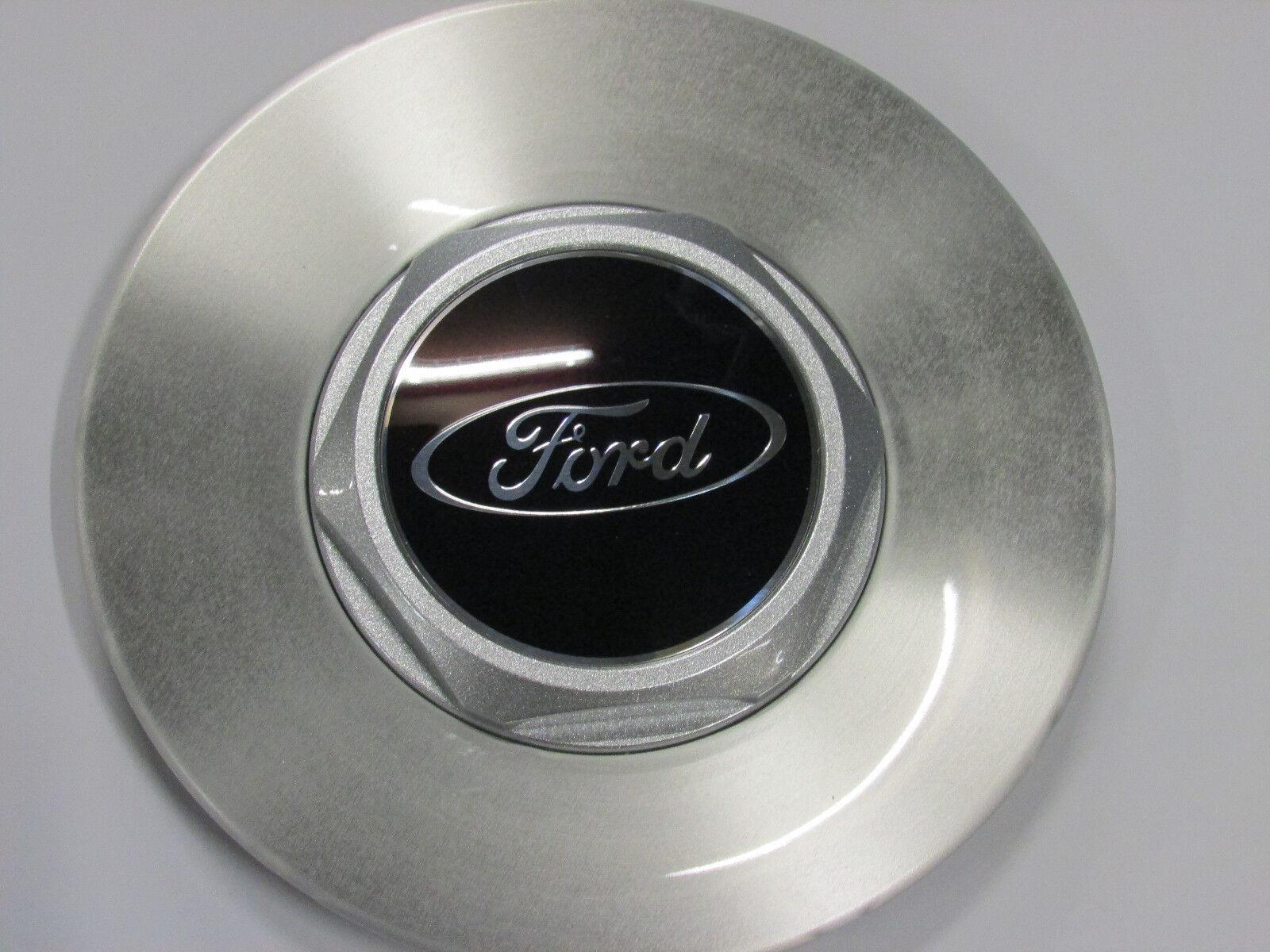 Original Ford Fiesta ST150 Nabenkappe Radkappe Alufelge 1333899 NEU 2 Stück