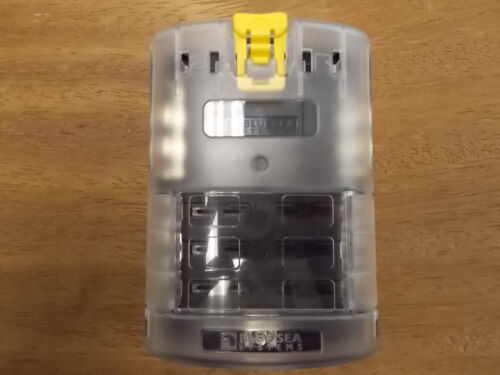 6 Circuits w// Negative Bus /& Cover  PN//5025 Blue Sea ST Blade Fuse Block