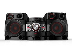 LG CM8340  Home Audio System mit Auto DJ USB Bluetooth NFC 1520 Watt
