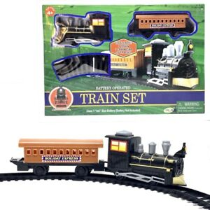 Train-Set-With-Track-Holiday-Express-Battery-Operate-18-Pieces-New