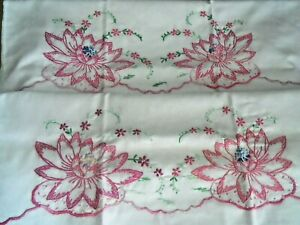 Pair-White-Cotton-Muslin-Pillowcase-039-s-WATER-LILY-FLOWER-42-034-Hand-Embroidery-EUC