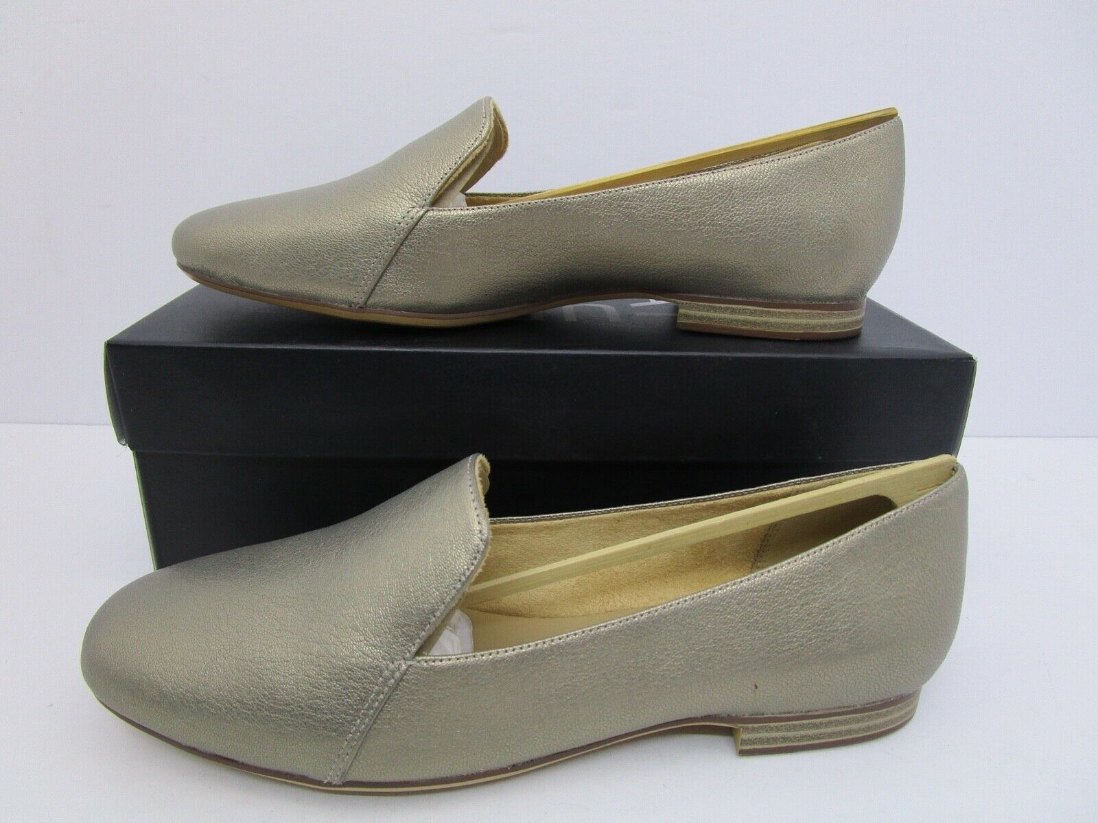 Naturalizer Emiline Women's Slip on Loafers Flats Zinc Metallic Size 8.5W