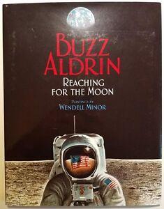 Buzz-Aldrin-signed-book-Reaching-For-The-Moon-2005-children-039-s-book-Apollo-11