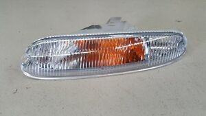 Mazda-MX5-Miata-NA-89-97-LH-Passenger-Side-Front-Indicator-Park-Lamp