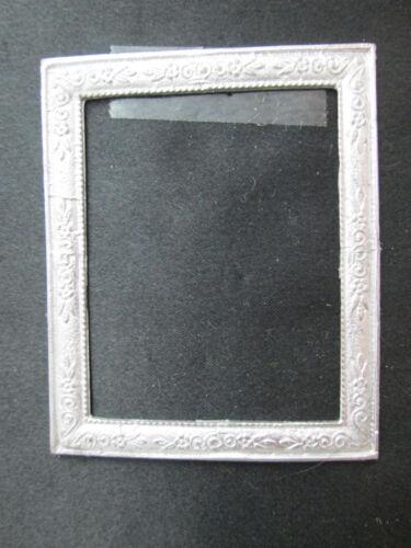 Dollhouse Miniature Unfinished Metal Frame  #24