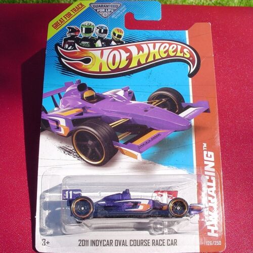 HW Racing 126//250 New in Blister Pack! PURPLE 2011 Indycar Oval Course Race Car