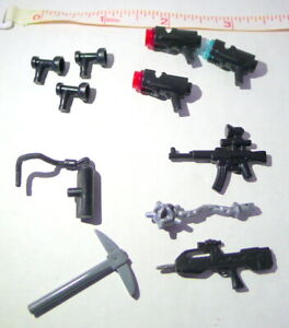 LEGO & Mega Bloks Weapons and Other 11  pieces Mixed Lot bagged