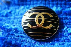 100-Chanel-button-1-pieces-metal-cc-logo-34-mm-gold-XXLarge
