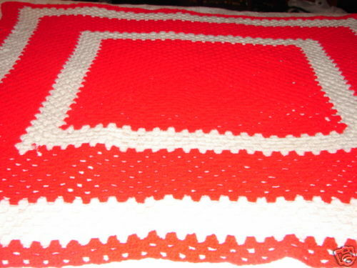 New rouge Handcrafted crochet afghan Throw Blanket  Acrylique afghan