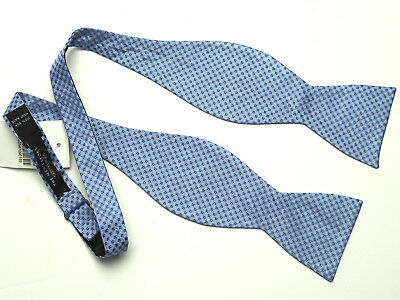 New The Men/'s Store Bloomingdales Blue Micro Neat Silk Adjustable Bow Tie O//S