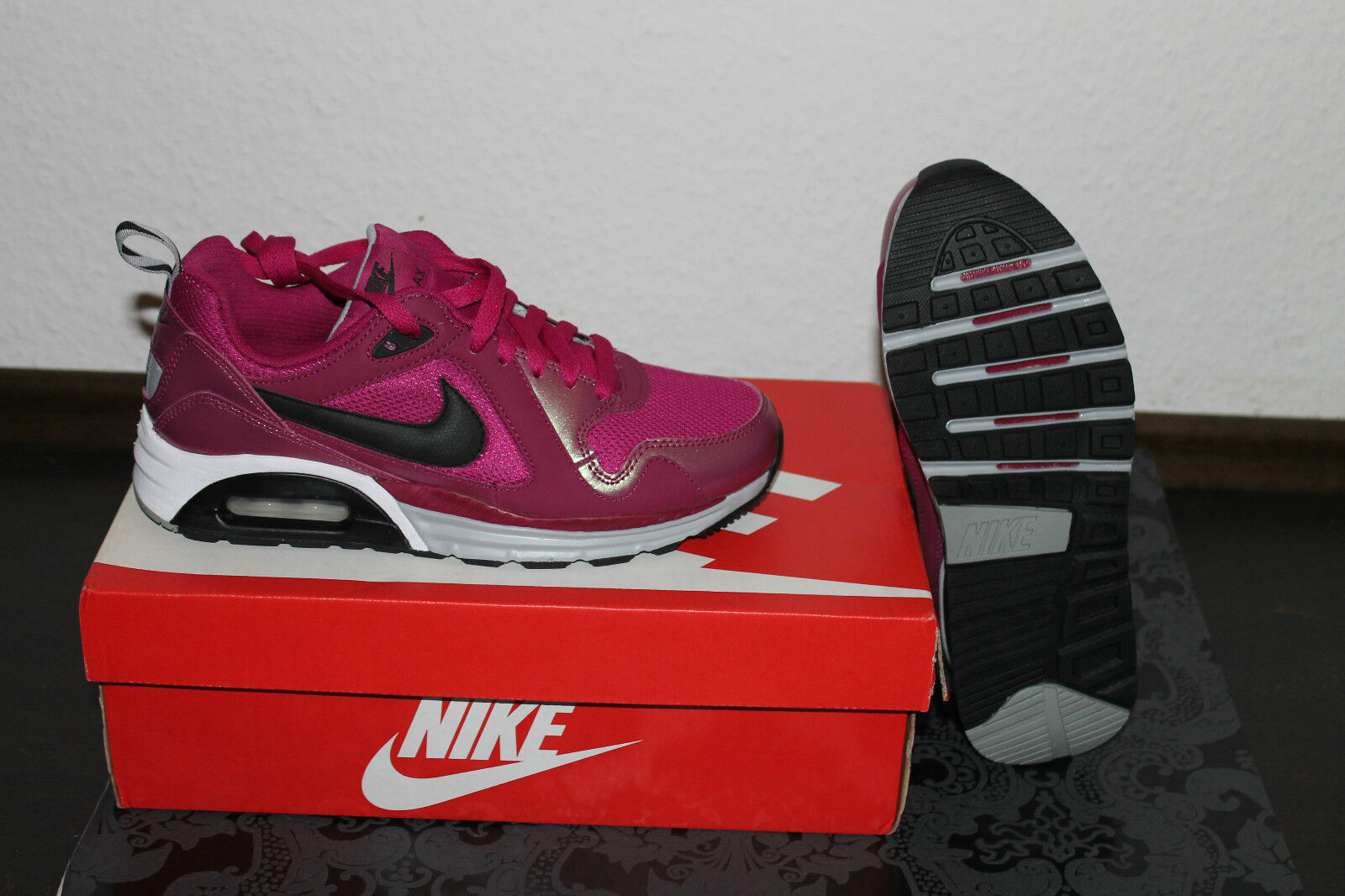 Nike Air Max Trax Running Pour Femmes Rose Bottes Rose Femmes Blanc Taille 38, UK 5 Neuf cdc937