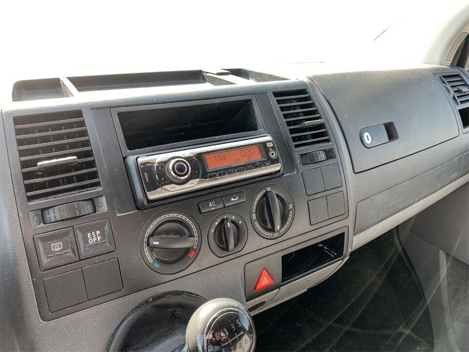 VW Transporter 2,5 TDi 130 Kassevogn kort Diesel modelår