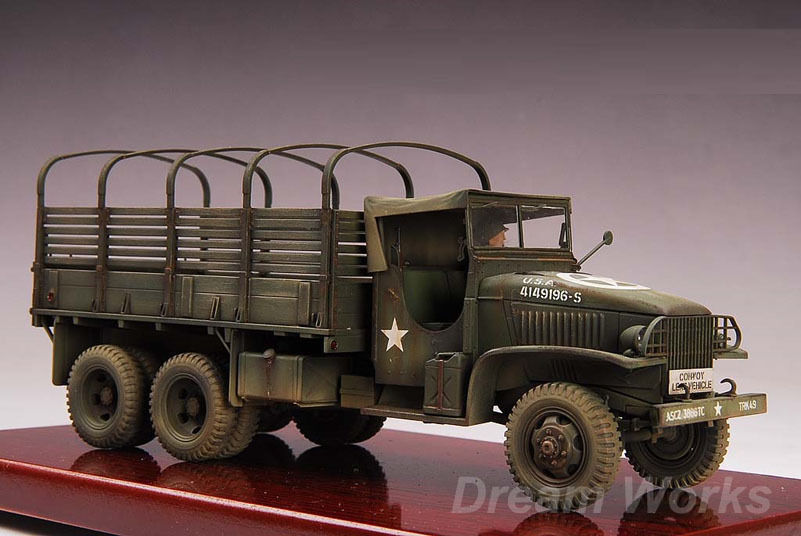 Award Winner Built Tamiya 1 35 CCKW 2 1 1 2T Truck Deuce & a-Half +Figure Base
