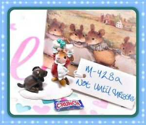 Wee-Forest-Folk-M-428a-Not-Until-Christmas-Mouse-Dog-Bone-Winter-Retired-WFF