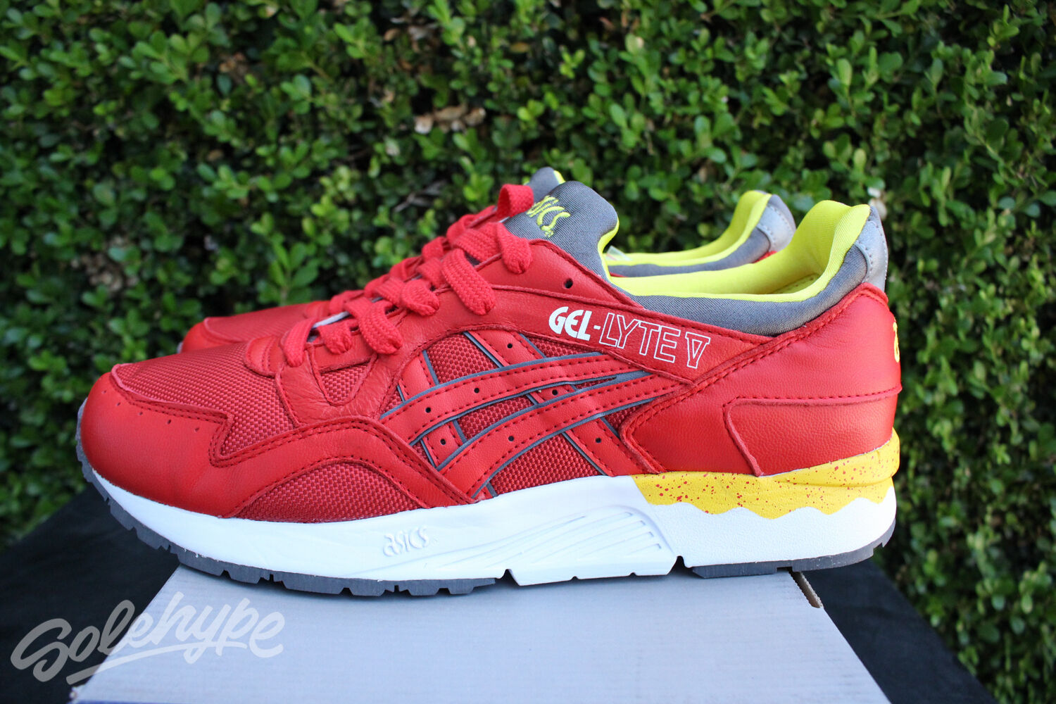 ASICS GEL LYTE V 5 SZ 9 FIERY RED YELLOW WHITE H415N 2301