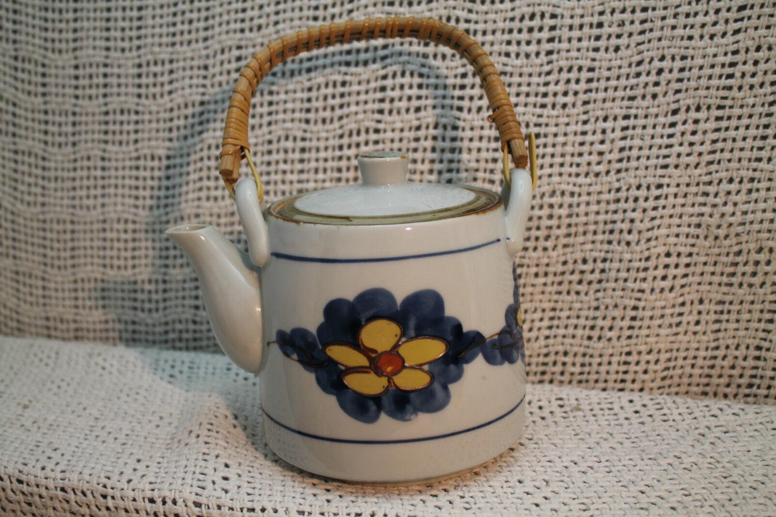 Céramique Vtg Japonais Théière Pottery Bleu Blanc Jaune Fleur Osier Poignée