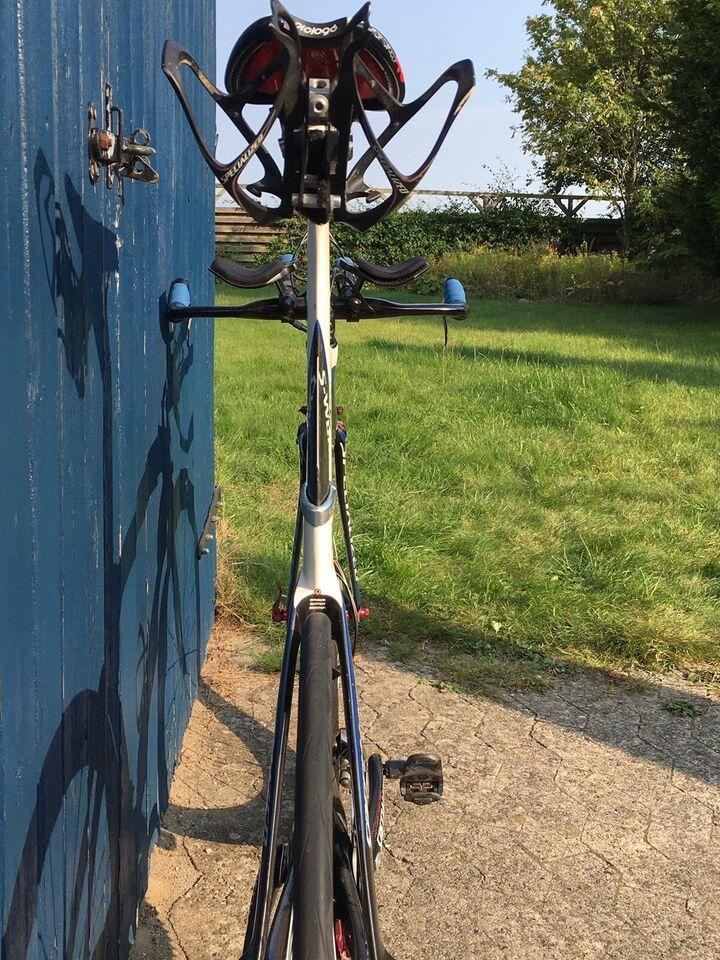 Triatloncykel, Specialized
