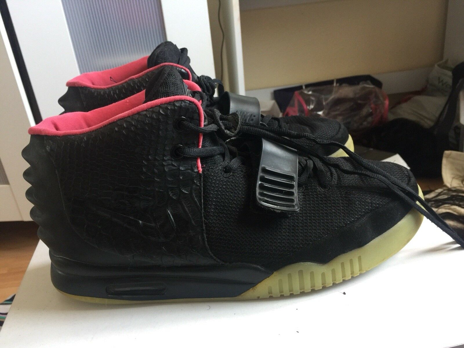 Nike Air Yeezy 2 Black Solar Red, Nike x Kanye West